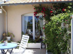 Terrasse Suite - Chambres d'Hôtes La Roseraie à Pornichet